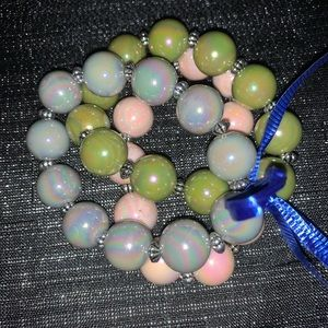 Jewelry - Adorable 3-Stackable Big Beads Stretch Bracelets